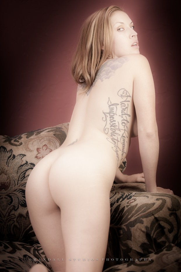 Au naturel Artistic Nude Photo by Photographer fotografie %7C randall
