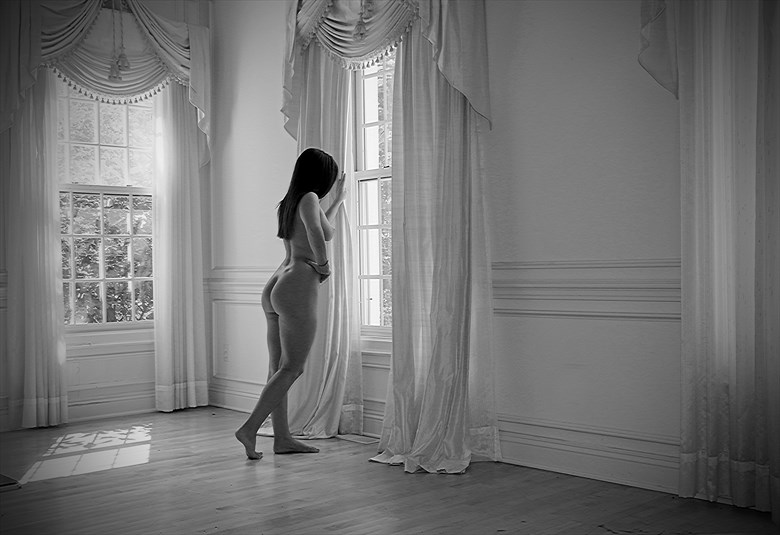 Aurora Artistic Nude Photo by Photographer Robert L Person