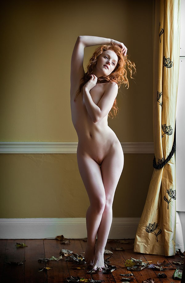 Autumn Artistic Nude Photo by Photographer Ciaran