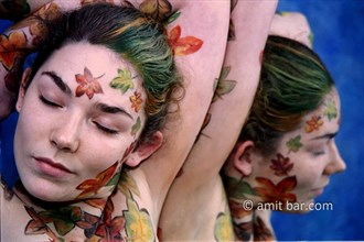 Autumn leaves Body Painting Artwork by Photographer bodypainter