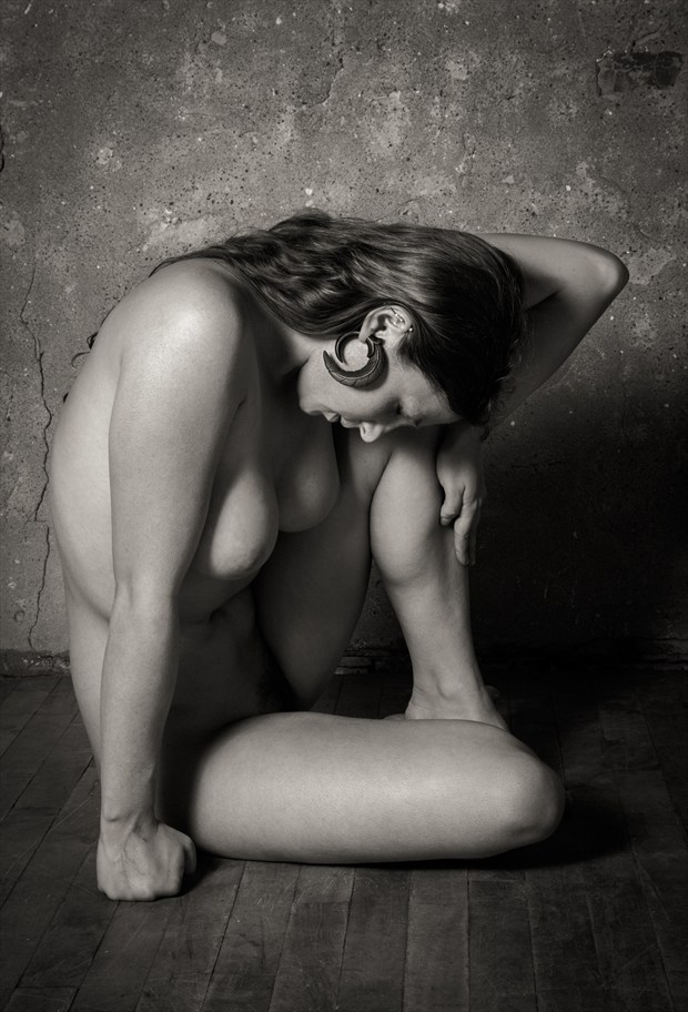 Avant Garde Nude Study Artistic Nude Photo by Photographer Risen Phoenix