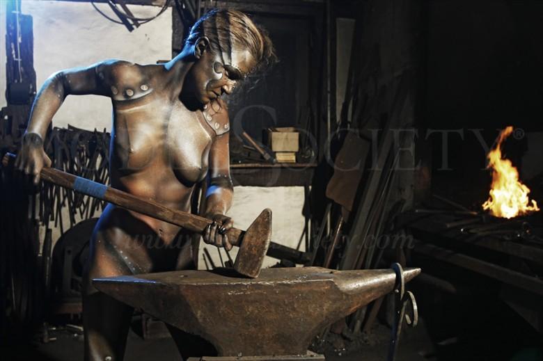 BLACKSMITH II Artistic Nude Artwork by Artist Bodypaint D%C3%BCsterwald