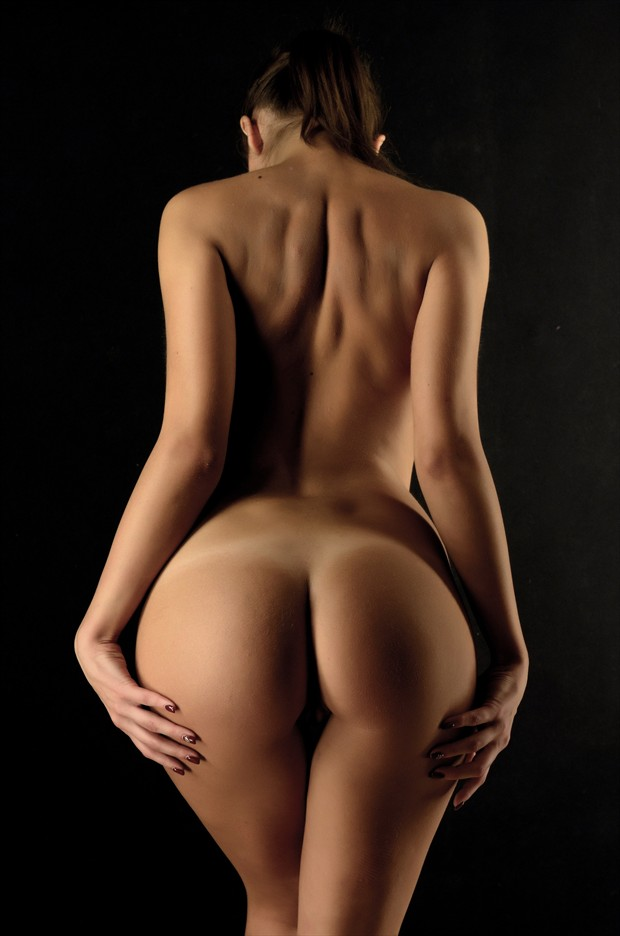Back Artistic Nude Photo by Photographer photoduality