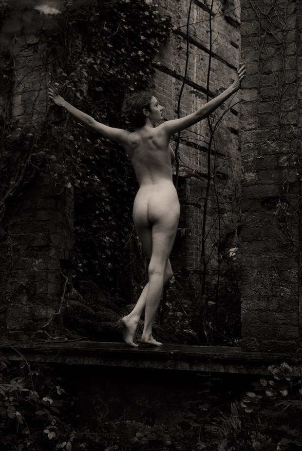 Back to Ruin Artistic Nude Photo by Photographer Seanartphoto