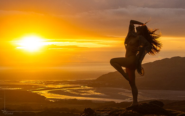 Barmouth Sunset Artistic Nude Photo by Photographer Kestrel