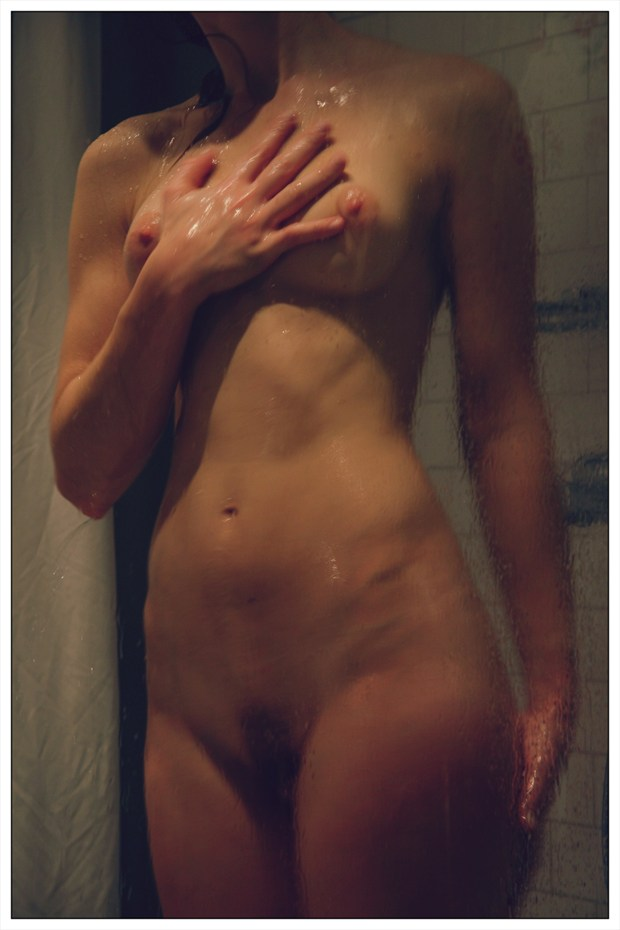 Bath3 Artistic Nude Photo by Photographer vadsomhelst