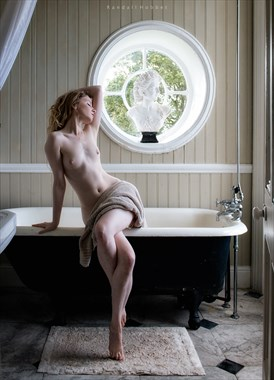 Bathtime Artistic Nude Photo by Photographer Randall Hobbet