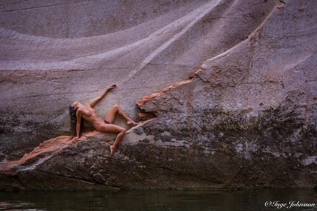 Beam Artistic Nude Photo by Model Monique