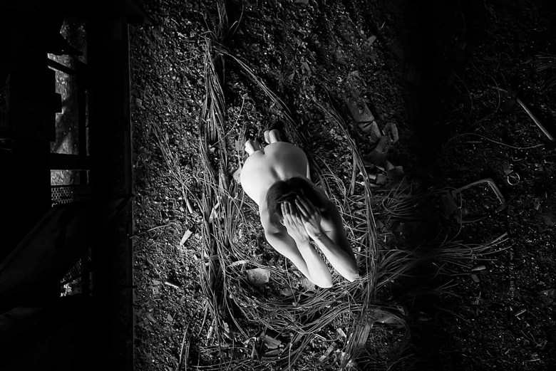 Beautiful nightmare.. Artistic Nude Photo by Model Marmalade
