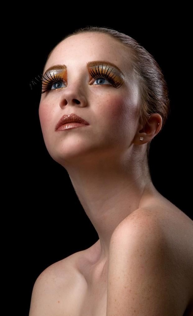 Beauty Expressive Portrait Photo by Photographer Thomas