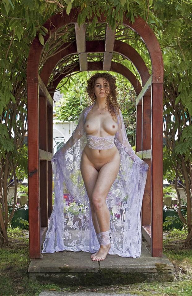 Bella Artistic Nude Photo by Photographer Douglas Ross