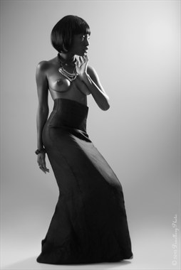 Belle Noir pt. 1 Artistic Nude Photo by Photographer Dexellery Photo