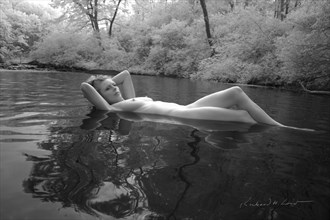 Bianca in River %232 Artistic Nude Photo by Photographer Naturally Scenic