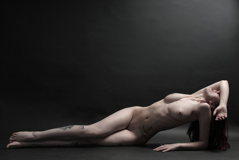 Blinded by the light Artistic Nude Photo by Photographer Roger Mann