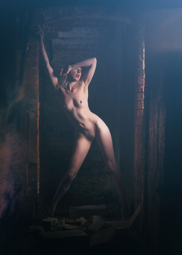 Blinded by the light Artistic Nude Photo by Photographer Symesey