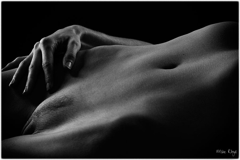 Body Part 1 Artistic Nude Photo by Photographer Mike Rhys