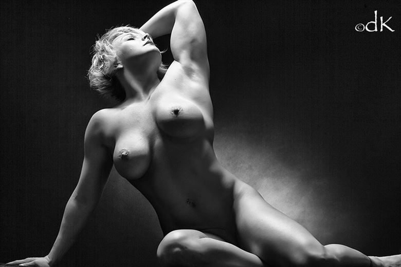 Body Perfect Artistic Nude Photo by Photographer dennis keim