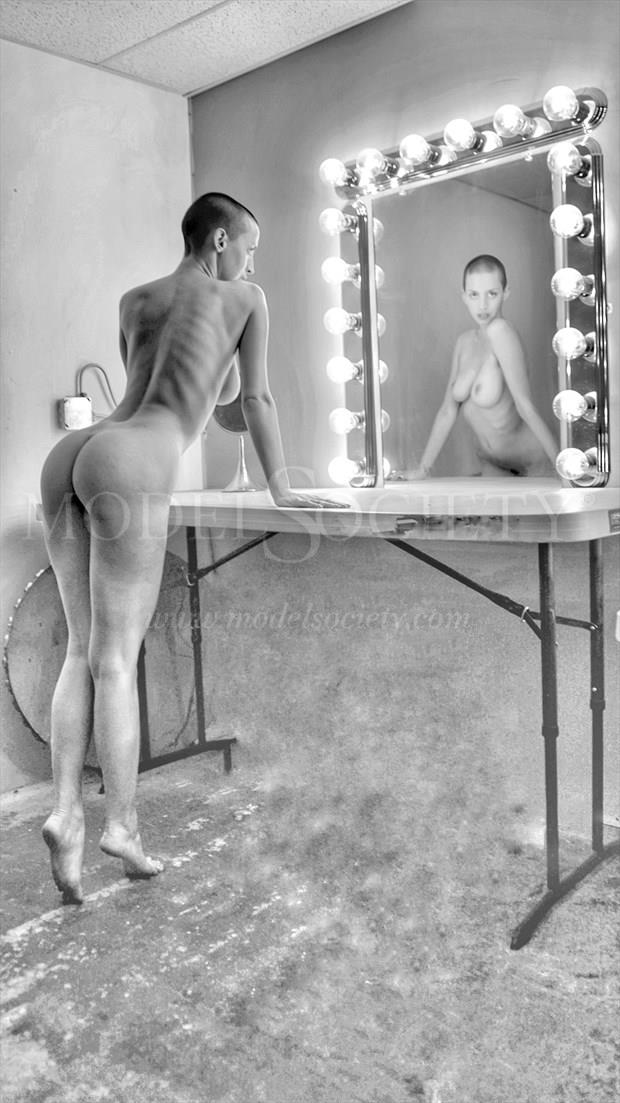 Body of Reflection Artistic Nude Photo by Photographer CSDewitt Buck