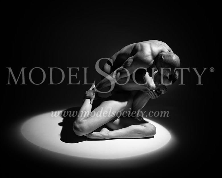 Body shield Artistic Nude Photo by Photographer Carl Grim