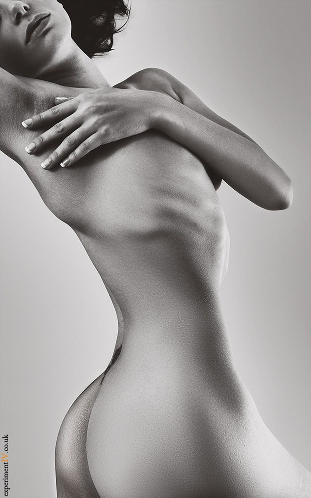 Bodyscaping Artistic Nude Photo by Photographer Terry King