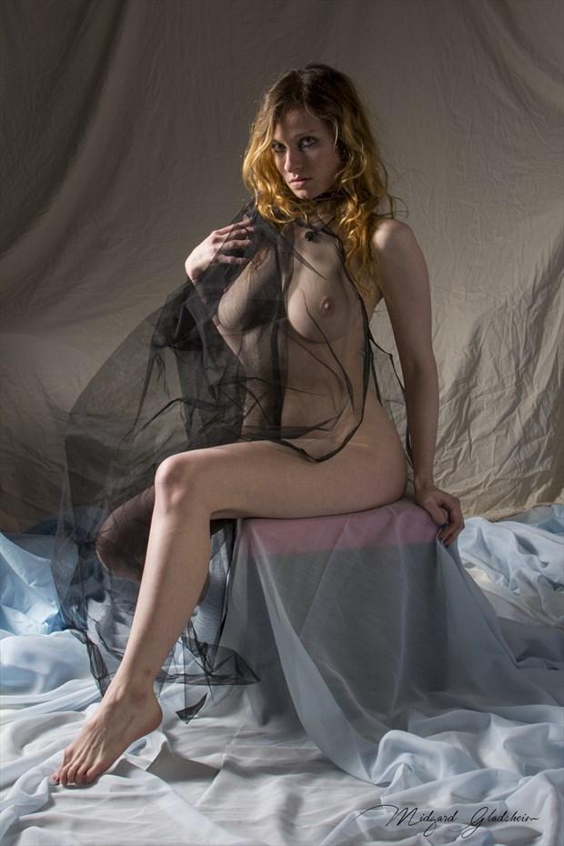 Bold Artistic Nude Photo by Model Carmilla K.