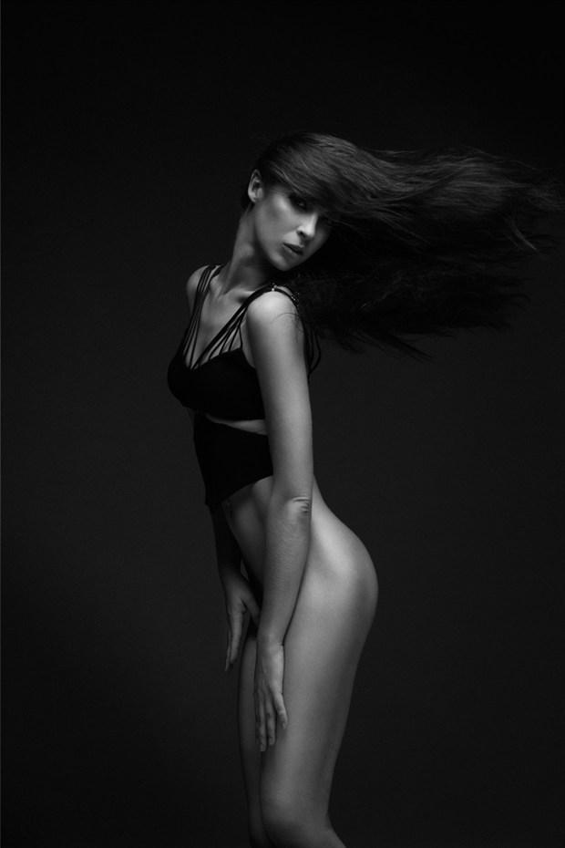 Bonnie !!! Artistic Nude Photo by Photographer Robertxc