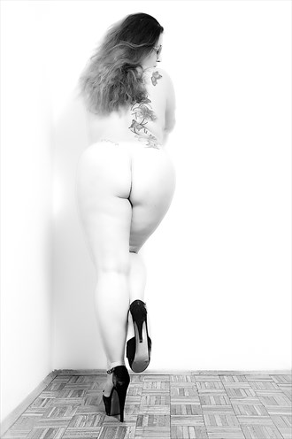 Booty tattoo Artistic Nude Photo by Photographer ErvinGaspic