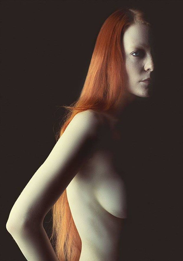 Bright shadows Artistic Nude Photo by Model Constantine Snow