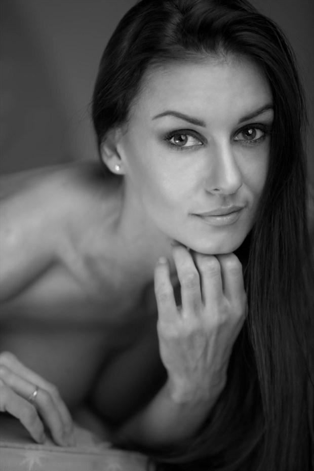 By Frank Dinelli Glamour Photo by Model Model AK