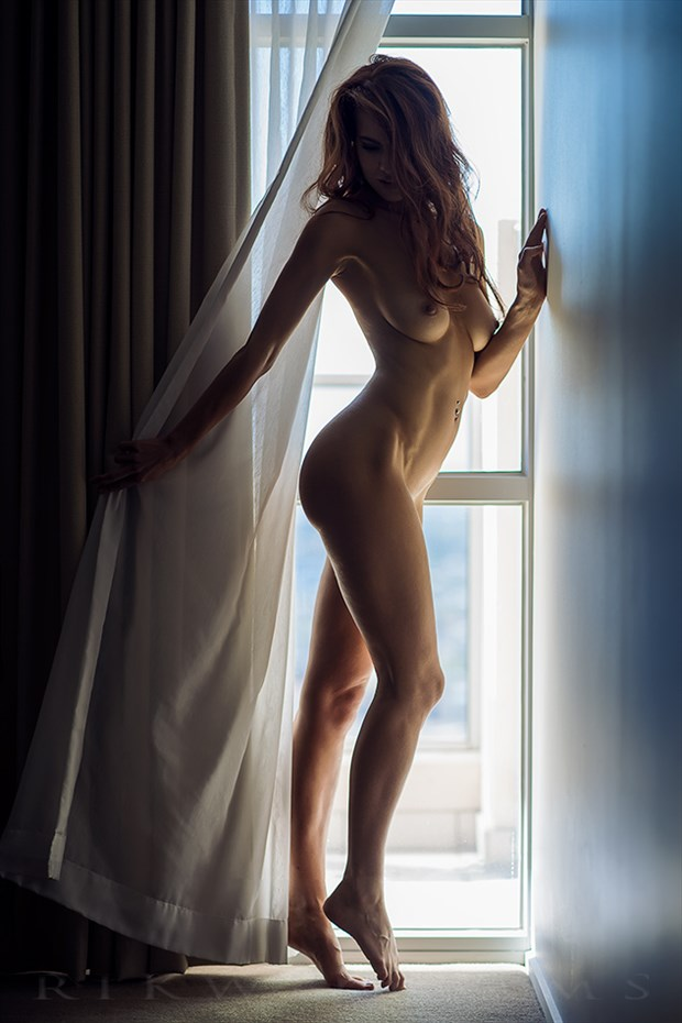 By window light Artistic Nude Photo by Photographer Rik Williams