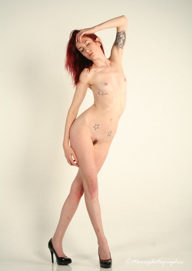 Caitlin Nude Artistic Nude Photo by Photographer MoorePhotoGraphix