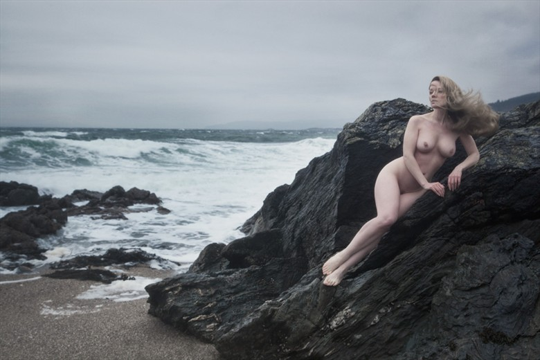 Call of the Siren Artistic Nude Photo by Model Muse