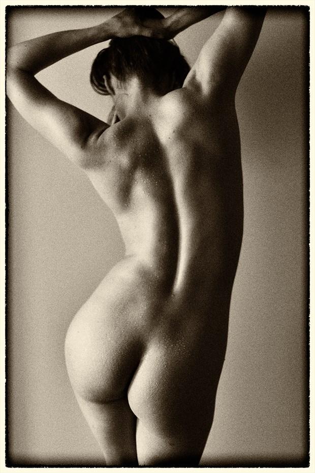 Callipygean Artistic Nude Photo by Photographer Staunton Photo