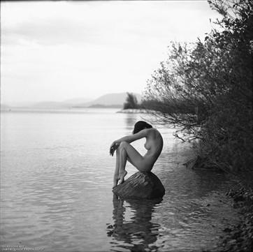 Calm Lake Artistic Nude Artwork by Photographer Fabien Queloz