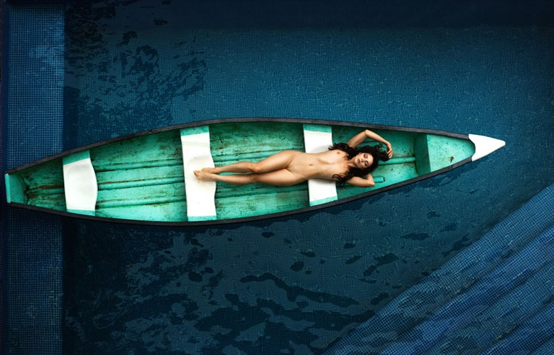 Canoe Artistic Nude Photo by Model Shaun Tia