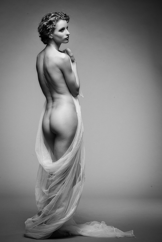 Cantoluna Erotic Photo by Photographer John Logan