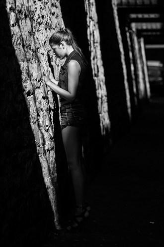Caroline Molloy Chiaroscuro Photo by Photographer Mario Peralta Photography