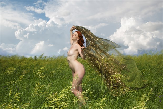 Catching the Wind Artistic Nude Photo by Photographer milchuk