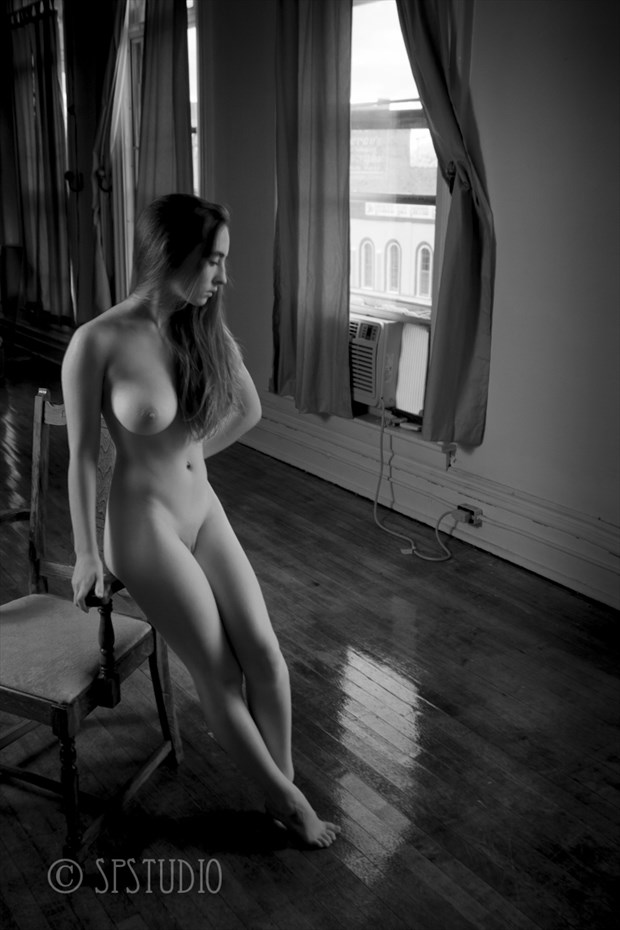 Charlotte Ballroom Artistic Nude Photo by Photographer LMichaelSmith