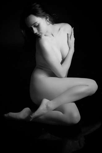 Chelsea Artistic Nude Photo by Photographer ZurdoFot%C3%B3grafo