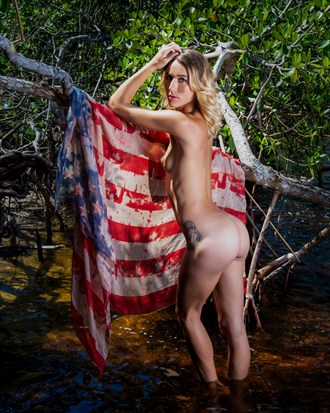 Chelsea Jo at Punta Gorda City Park... Artistic Nude Photo by Photographer CC Art Nudes