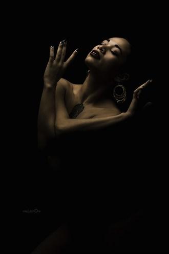 Chiaroscuro Alternative Model Artwork by Photographer ResolutionOneImaging