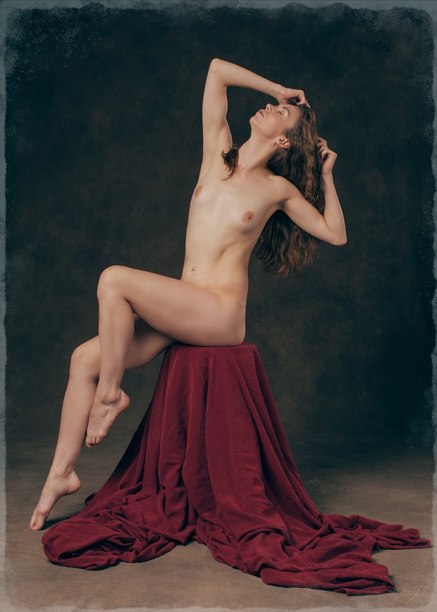 Classic pose Artistic Nude Photo by Photographer Fischer Fine Art