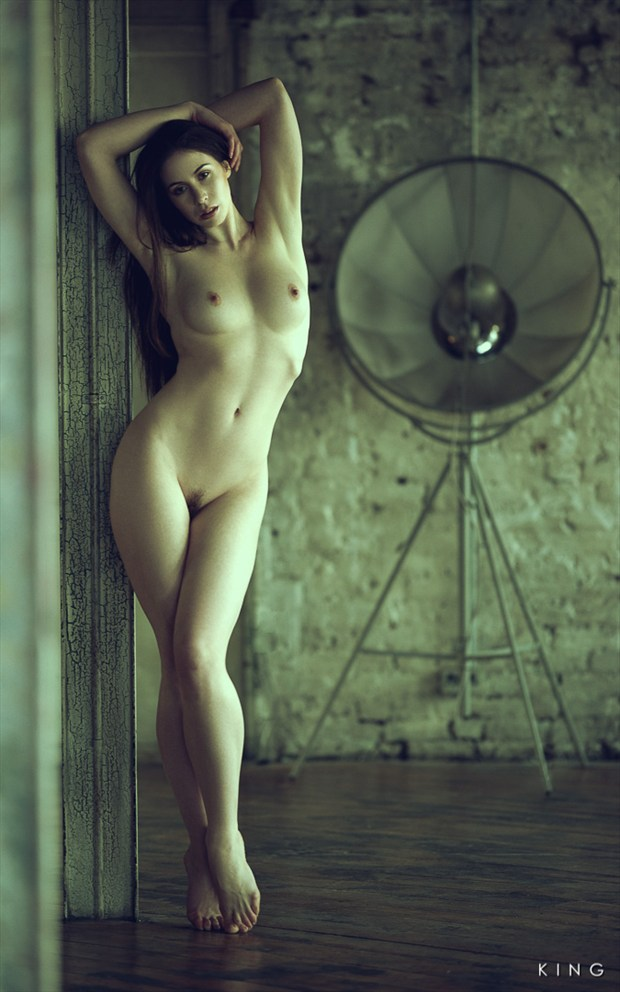 Classical Artistic Nude Photo by Photographer Terry King