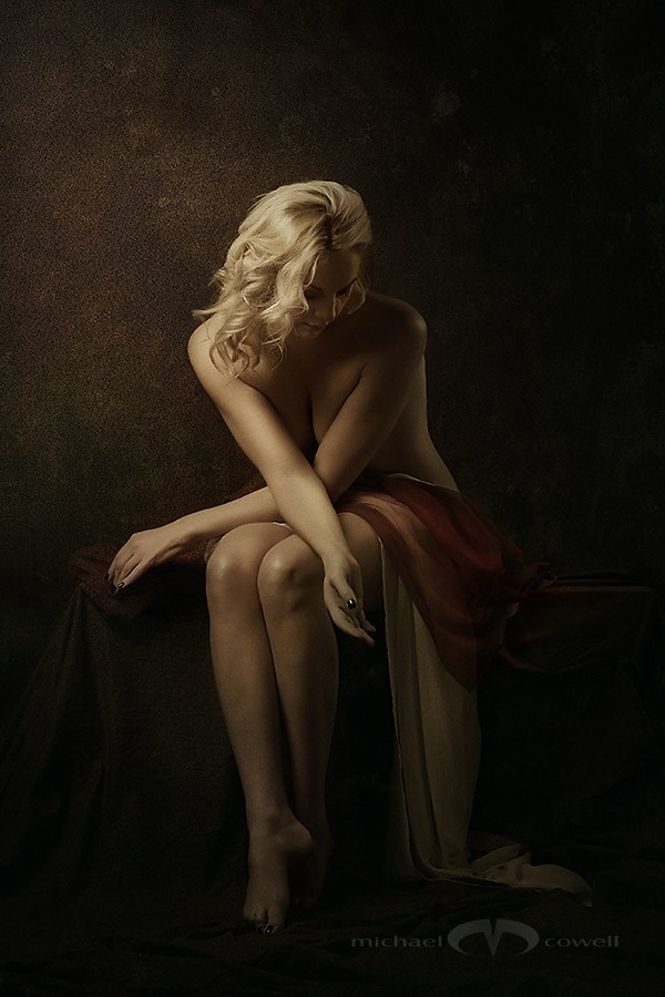 Classical Series 03 Artistic Nude Photo by Photographer Michael Cowell