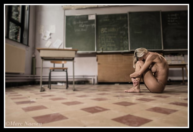 Classroom Artistic Nude Photo by Photographer Marc Naesen