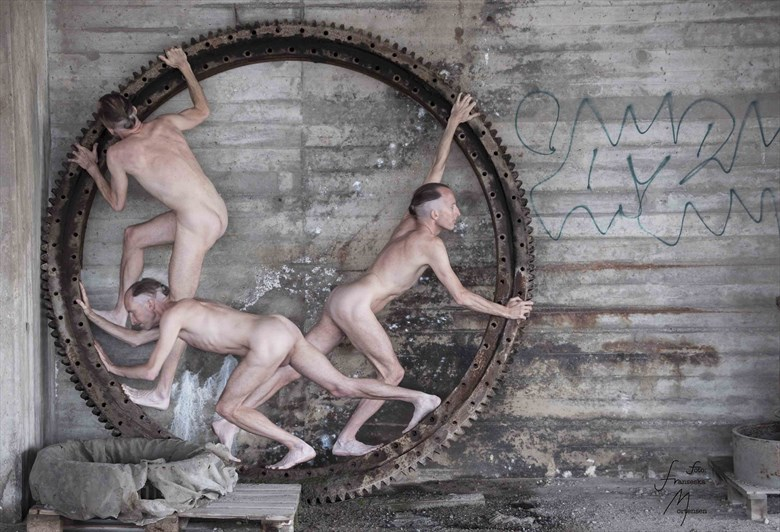 Cogwheel Artistic Nude Photo by Model Lars