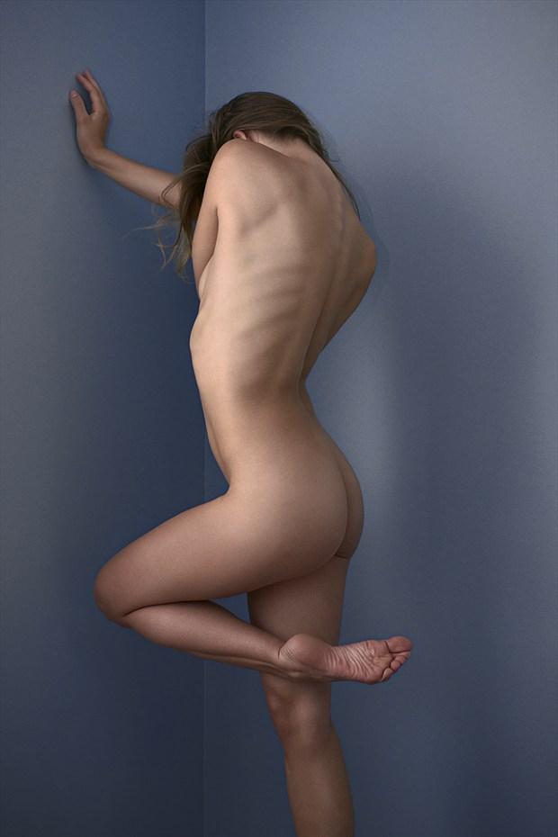 Coin et courbes Artistic Nude Photo by Photographer Aur%C3%A9lien PIERRE