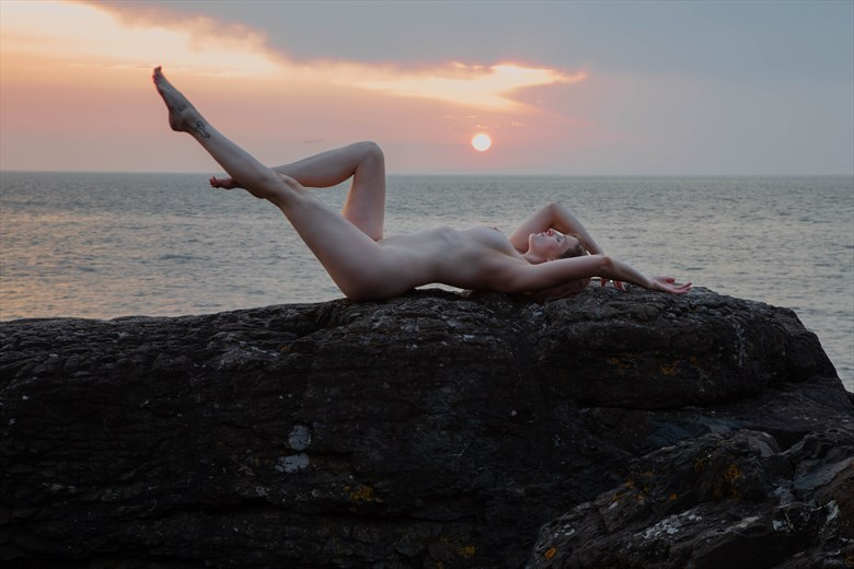 Conjuring the Sunrise Artistic Nude Photo by Photographer ClinePhoto