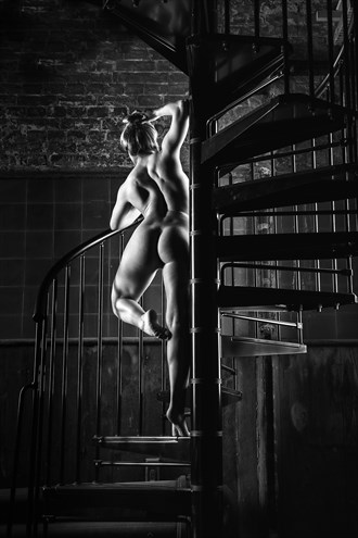 Convex Curves Artistic Nude Photo by Photographer Carl Grim